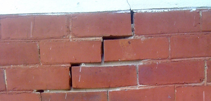 The supporting mortar joints have fretted