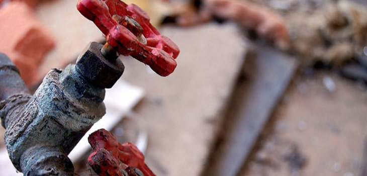 Inspect plumbing BEFORE settlement completes